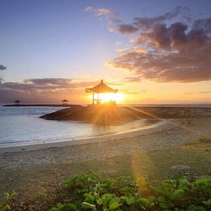 Great view of sanur beach during sunrice time.
