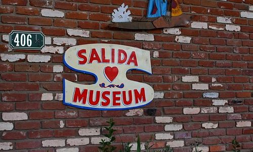 Salida Museum on W Rainbow Blvd
