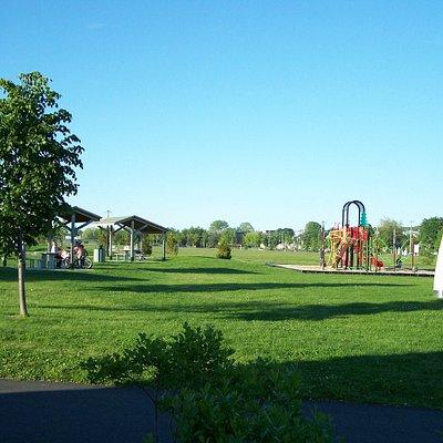 Parc du Campus-et-de-la-Cité, modules de jeux pour les enfants