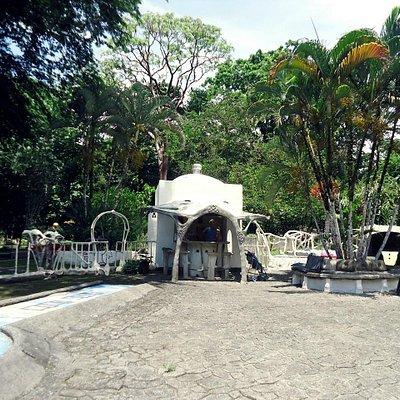 Yesland Mini golf Puerto Vargas Cahuita