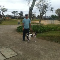 Passeando com o cachorro no Parque Central