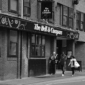 Bell and Compass, Oxford
