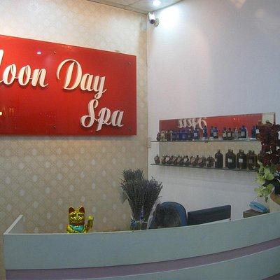 Moonday Spa