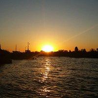 Podemos apreciar um belíssimo pôr -do-sol