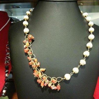 collana corallo naturale e perle acqua dolce
