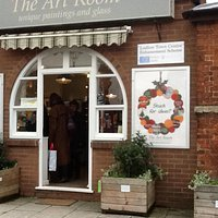 Present buying at the artroom