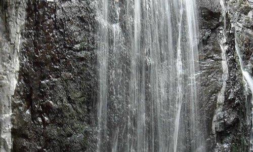 cascata in movimento
