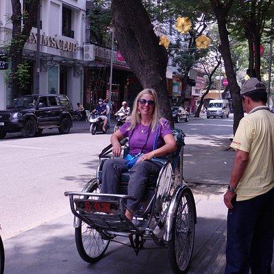 Cyclo Tour