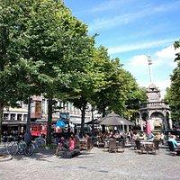 La place du Marché et le Perron de Liège