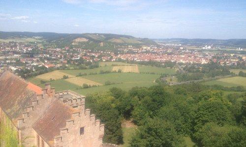 Aussicht vom Turm über Hammelburg und das Saaletal