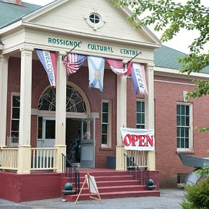 The Sherman Hines Museum of Photography