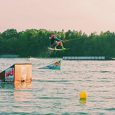 wakeboarding at beachclub nethen