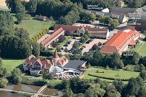 Luftfoto af Hotel Sørup Herregaard