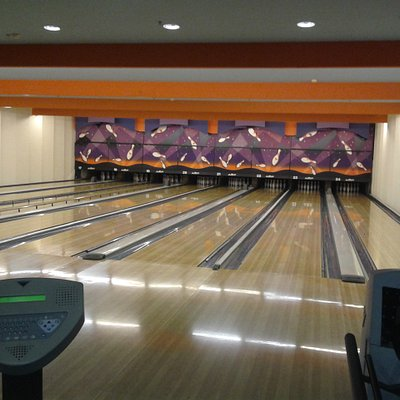 The bowling center at the Mammut Mall,  Budapest