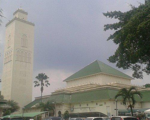 Masjid, outside view