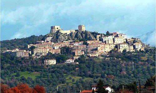 Montemassi (2 km)
