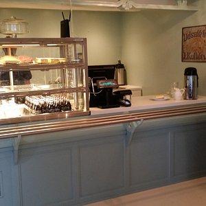 café counter