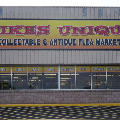 The front of Mike's Unique store
