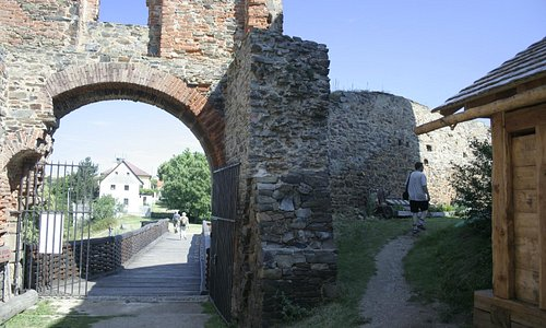 Path to the front tower