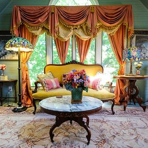 Rose Garden Suite Sitting Room