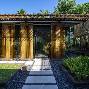 Piasan Restaurant at the Kayumanis Nusa Dua Private Villa & Spa