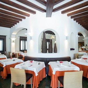 Restaurant at the Fiesta Hotel Cala Gracio