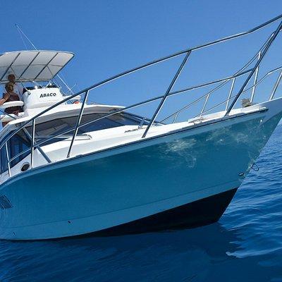 Bateau de pêche au gros avec équipage