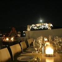 fullmoon Acropolis view Roof top Sin Athina