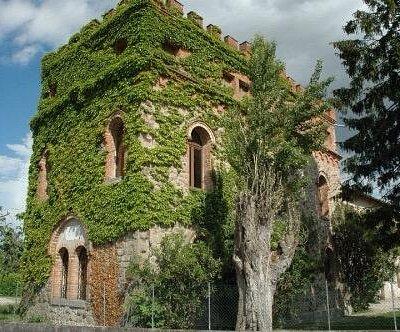 Castello di Brussa 🏰🏰🇮🇹