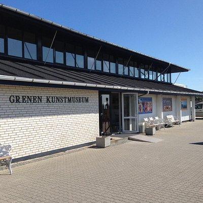 Grenen Kunstmuseum and Galleri Rasmus