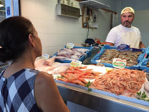 Amazing fish market.  Go with an expert!