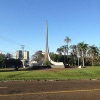 Monumento à Bíblia - Londrina