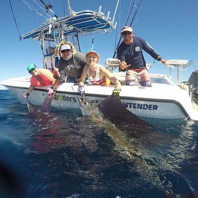Double hook up of a sailfish and striped marlin with Peak Sportfishing