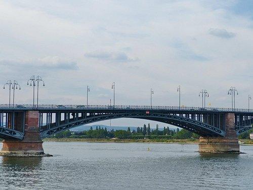 Brücke aus der Sicht der Starndarea