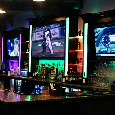Full bar with Dodgers games