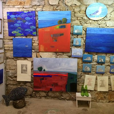 Art Galery run by Jasmina Merkus, artist living between Madrid and Vis