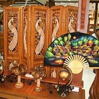 Royal Thai handicraft center  - Damnoen Saduak, Thailand