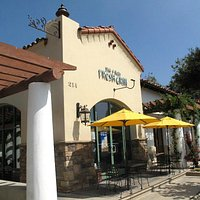 Front view of Jim & Rob's Fresh Grill Ojai