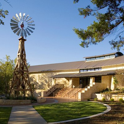 The Doss Heritage and Culture Center