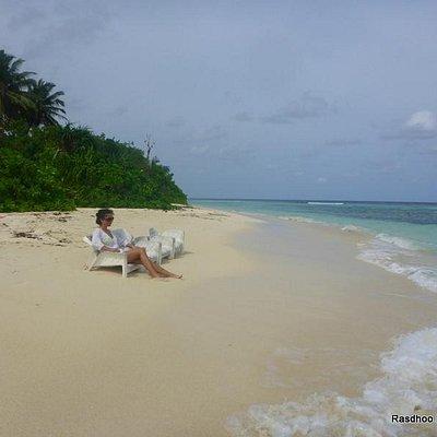 Rasdhoo Bikini Beach