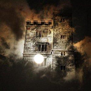 Ghost Hunts Pengersick Castle