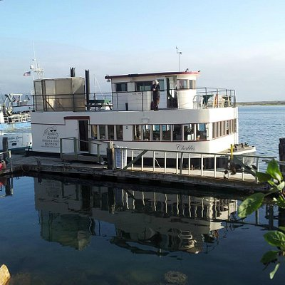 The Chablis at the dock