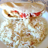 Djaje M'Sahab (pulled chicken with cheese and garlic sauce), Lebanese Rice
