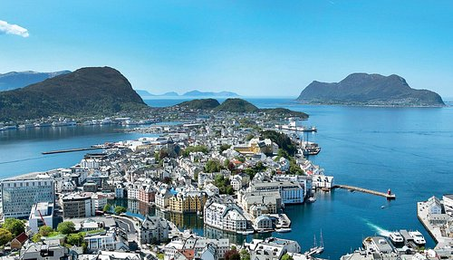 Ålesund, view from Mount Aksla (photo: Ståle Wattø)