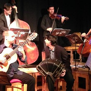 """Enthusiastic performance of the Argentinian group """"Sexteto Visceral"""""""