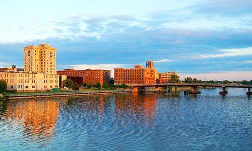 Beautiful Views of the Saginaw River