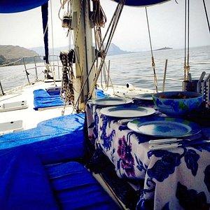 Pronti per il pranzo a bordo