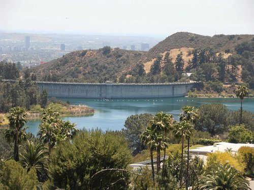 View over the Hollywood Reservoir
