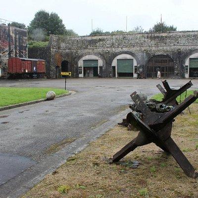 La place d'armes du Fort Montbarey