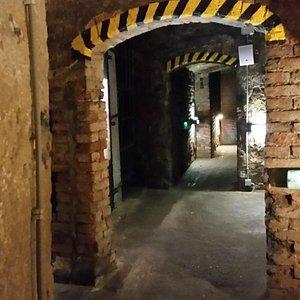 Gangen van de stad naar het fort